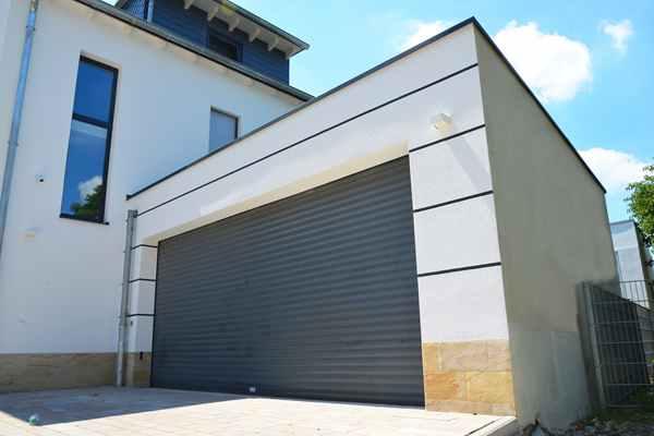 Co ważna łączyć w garażu z blachy?